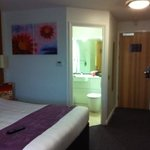clean room 210