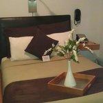 Queensize bed in my roon