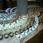 riesiges Dessertbuffet - man hat die Qual der Wahl