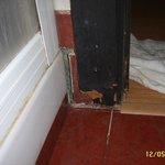 Stipite porta bagno marcito