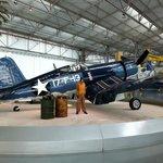 Vought F4U-1 Corsair fabrica em 1943 - força aérea americana