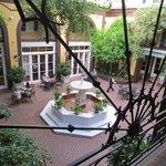 Main Courtyard - Breakfast area