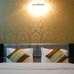 호텔 델리 에로시티