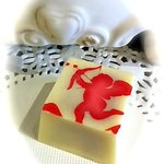 Cupid Strawberry Champagne Truffle in French White Chocolate with 25 year barrel-aged balsamic