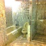 Nice bathroom decor