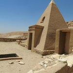 Der el-Medina - 'alter Eingang des Grabes zu Sennedjem
