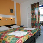 A double room with 2 single beds