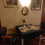наш отдельный столик для романтического завтрака