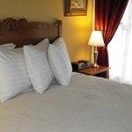 Barnegat Room at Fig Street Inn, Cape Charles, VA.
