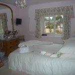 Foto di Forest Edge Bed & Breakfast