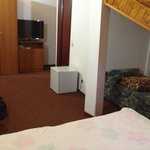 double room with an extra single bed
