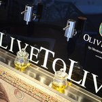 OliveToLive, an award-winner for Olive Oil distribution under perfect conditions