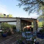 La maison et la terrasse