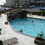 piscine renover .. vue du balcon au deuxieme !! (2010)
