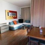 Lounge area (Room 86)