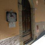 L'ingresso in via Talassese 94