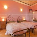camera rosa doppia