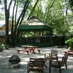 Cedar Lodge Aviary / Picnic Area