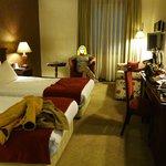 Πλήρες δωμάτιο, όμορφο και άνετο
