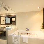 Family Suite Bathroom