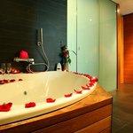 Junior suite superior bathroom