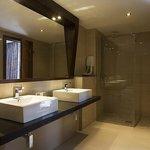 Superior Deluxe Bathroom