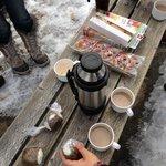 キャメロン滝にてピクニック