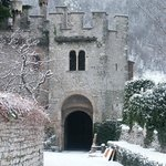 Ingresso del Castrum con la neve