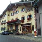 Photo of Burgdacherl