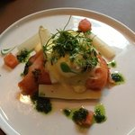 Smoked salmon and Eggs Benedict entree