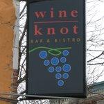 Kenosha, Wine Knot