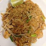 Pad Thai with Chr