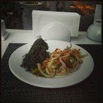кальмары и шпинат