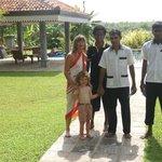 les adieux à Ruwan, Naama et Rangue