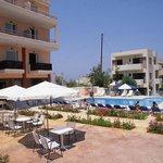 Eltina Hotel