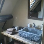 Wastafel in de Ardeense kamer