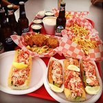 Lobster rolls, crab cakes and beer...yum!