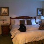 Bedroom Kimberley Hotel