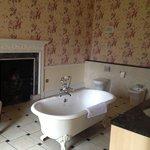 Beautiful bathroom of 104