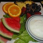 O prato de frutas para dois
