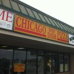 Chicago Deep Dish 2 for 1 Pizza - Forest Lawn Foto