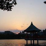 夕暮れの大濠公園