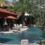 Pool am Restaurant