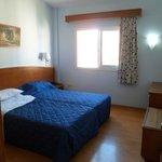 Bedroom 13B