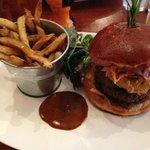 JS 'Primo' Burger.