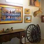 Western Art & Artifacts