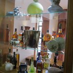 Cozy bar wity wide variety of whiskys, wines and spirits, Boutique Hotel Casa Joaquin