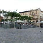 Exterior desde la plaza
