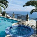 Infinity Pool-Pelion Country VillasTheodorides Estate