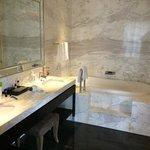 Park-View Room Bathroom 3
